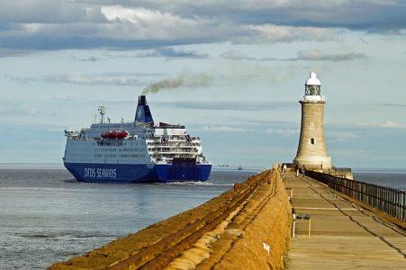 口癖、灯台、船