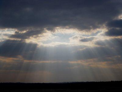 雲、光、空