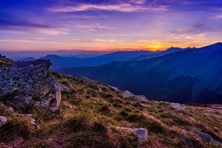 山、朝焼け