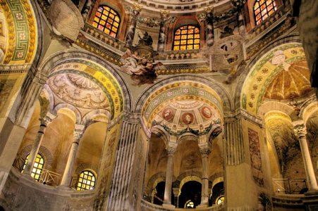 大聖堂、宮殿